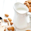 8 Beneficios para la salud de la leche de almendras