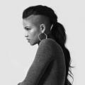 10 celebridades que están en extrema necesidad de un cambio de imagen del pelo