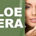 10 Beneficios de jugo de aloe vera / gel para la piel, el cabello y la salud