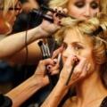 12 consejos de belleza de desfile de moda entre bastidores