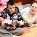 Niño de 13 años de edad, no es el padre más joven, dna revela que él no es el padre del bebé