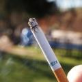 Los fumadores australianos de hoy tendrán que pagar $ 1 por cigarrillo