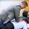 El dolor de espalda en la oficina? Trate de pie cada pocos minutos, según estudio