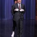 Jimmy Fallon Will Ferrell, Kevin Hart, y llamó la batalla sincronización labial de Barrymore le enviará a llorar de la risa a medida que realizan de Idina Menzel 'déjalo ir' y 'rugido' katy perry de