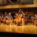 Reproducción de música ayuda a los niños a tener éxito en la escuela