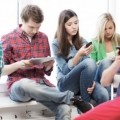Adicción adolescente con el teléfono celular es real