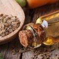 10 Beneficios para la salud asombrosos de aceite de semilla de apio