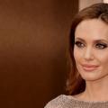10 imágenes de Angelina Jolie sin maquillaje
