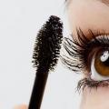 11 debe seguir Consejos de maquillaje para ojos marrones
