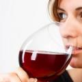 5 Beneficios asombrosos de Vino Tinto Para Lucha contra el envejecimiento