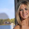 Cómo hacer que el ojo produzca arriba como Jennifer Aniston?