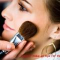 Caluroso día de consejos de maquillaje para piel grasa