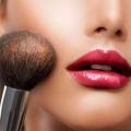 ¿Cómo hacer maquillaje para labios delgados?
