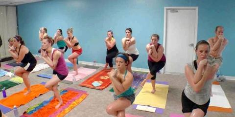 10 Beneficios del yoga caliente que usted debe saber