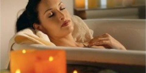 Cómo relajarse y sentirse mejor después de un largo día agotador: 12 consejos sencillos