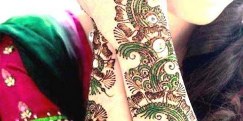 15 hermosos diseños mehndi florales para las manos