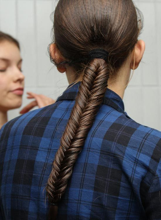 Low-Fishtail-trenzada-Cola de caballo